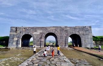 Đầu tư hơn 700 tỷ đồng tu sửa thành nội di sản thế giới Thành nhà Hồ