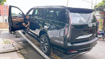 Doanh nhân Hoàng Kim Khánh nhận bàn giao ''khủng long'' Cadillac Escalade giá khoảng 12 tỷ đồng