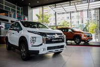 """Thị trường xe """"lao dốc"""", ôtô nhập khẩu về Việt Nam thấp kỷ lục"""