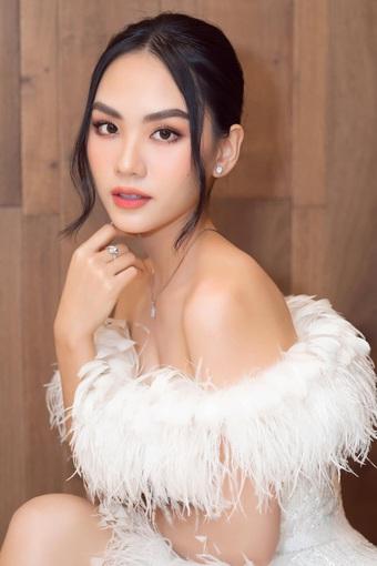 Bị đồn bí mật hẹn hò chồng cũ Lệ Quyên, Top 5 Hoa hậu Việt Nam nói gì?