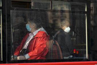 Tổng Giám đốc WHO: Với gần 50.000 ca tử vong/tuần, đại dịch còn lâu mới kết thúc