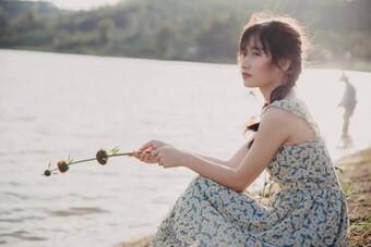 """Cô gái Nghệ An gây """"sốt"""" với nét đẹp tựa Khánh Vân và Hoà Minzy"""
