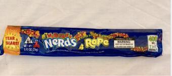 """Vụ 13 học sinh dương tính với ma tuý sau khi ăn kẹo không rõ nguồn gốc: Gói kẹo """"lạ"""" được mua tại quán cafe"""