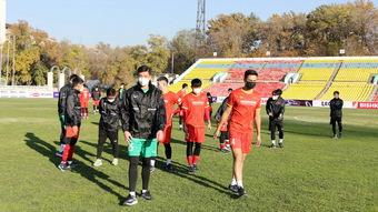 HLV Park Hang Seo và Văn Toản họp báo trước vòng loại U23 châu Á