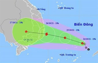 Áp thấp nhiệt đới gây mưa lớn ở khu vực Trung Bộ và Tây Nguyên