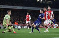 Tiếp đà thăng hoa, Arsenal kéo dài chuỗi bất bại lên con số 8