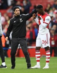 Arteta nói thẳng tương lai của chân sút 20 tuổi sau trận Leeds