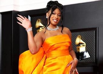 Ngôi sao giành 3 giải Grammy gây bất ngờ khi tiết lộ đã tốt nghiệp đại học