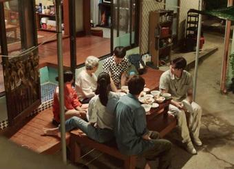 Nhân viên Hometown Cha-Cha-Cha bóc phốt Kim Seon Ho: ''Hành'' ekip, thái độ lồi lõm với cả ''người bà quốc dân'' Kim Young Ok