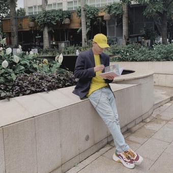 Hành trình thời trang của ST Sơn Thạch: Từ em út 365daband đến chàng hoàng tử lịch lãm