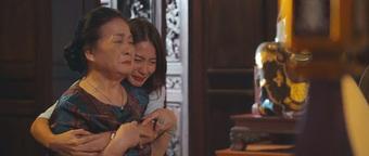 Thanh Sơn bị gái xinh cưỡng hôn, trốn Khả Ngân tới nhà riêng của bồ cũ ở 11 Tháng 5 Ngày?