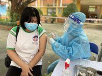 Ngày đầu tiên TP.HCM triển khai tiêm vaccine phòng COVID-19 cho trẻ em