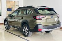 Subaru Outback 2021 đầu tiên có mặt tại Việt Nam: Giá dự kiến gần 2 tỷ đồng ngang Mercedes-Benz GLC, thêm màn hình khổng lồ