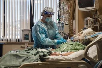 Phát hiện thuốc có thể làm giảm nguy cơ nhập viện ở bệnh nhân COVID-19